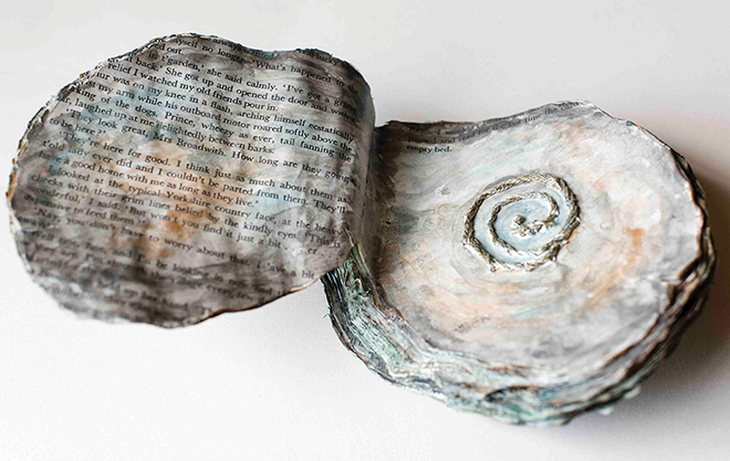 Image of Open Oyster Shaped Book