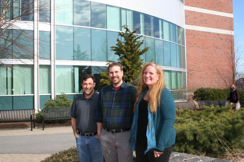 Dr. Clare Bates Congdon with students Jeff Thompson and David Gagne.