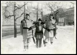 Snowshoers in Lewiston