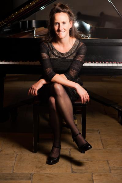 Bridget Convey, pianist