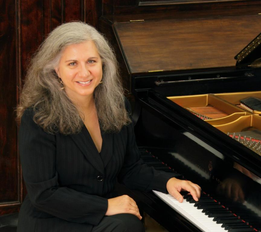 Laura Kargul, piano