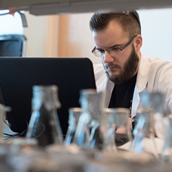 A student working in the chemistry lab