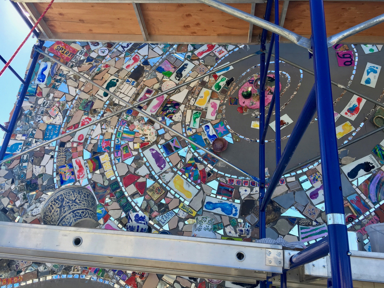 Image of the East Bayside Community Mosaic Mural