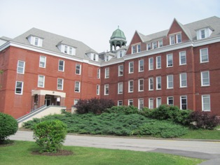 Robie Andrews Hall