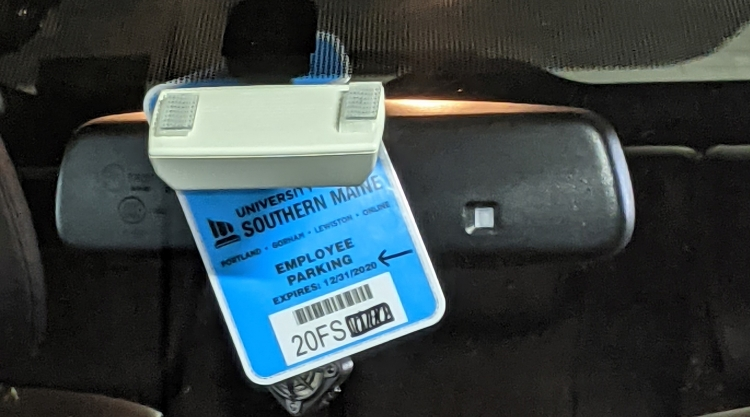 The correct way in displaying a parking permit.