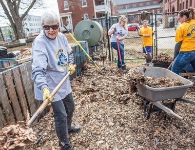 Husky Day of Service image by Sun Journal photographer Andree Kehn