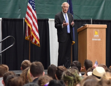 Sen. Angus King talking to high school students
