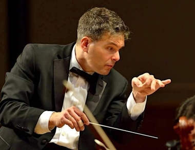 Lehmann conducting